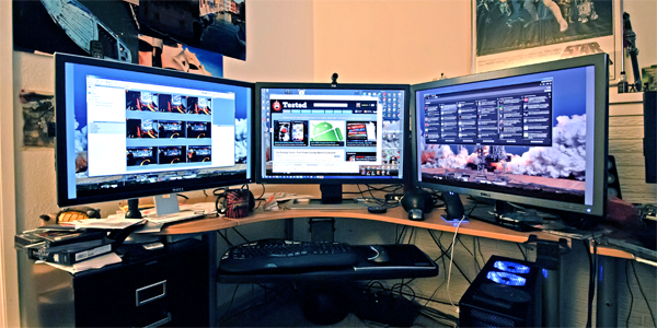 The View From My Desk Living With 30 Inch Monitors Tested