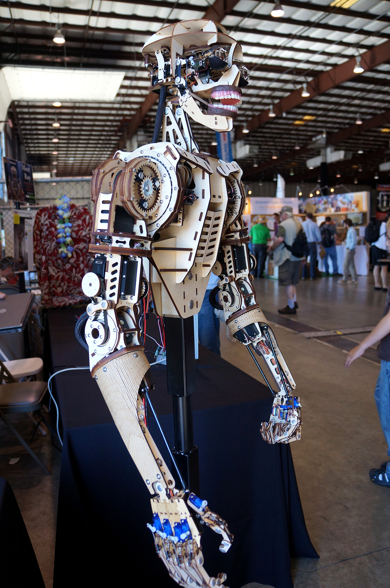 Maker Faire 2013 Roy The Animatronic Robot Tested