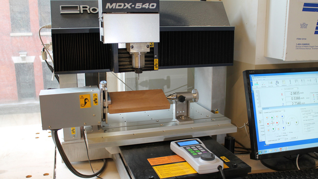 roland 4 axis milling machine
